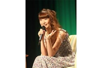 能登麻美子さんキャラソン発売記念イベントで人気曲を披露!