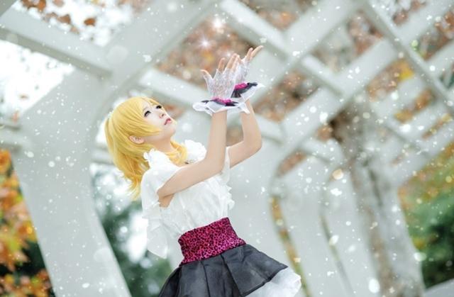 """12月6日は""""姉の日""""!『ラブライブ!』シリーズや『リゼロ』など、アニメ・ゲームのお姉さんキャラクターをコスプレ特集!"""