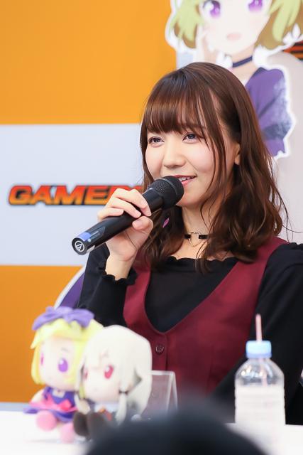 『となりの吸血鬼さん』富田美憂さん、和氣あず未さんがBD&DVD発売記念イベントで第5話を生コメンタリー! 吸ってみたいのは……清純派の血!?
