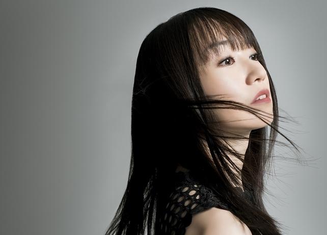 水樹奈々が歌うゲーム『叛逆性ミリオンアーサー』主題歌のジャ写&TV-CM公開