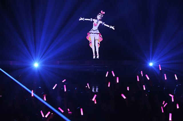 """「これは次世代のエンターテインメントであり、未来の日常だ」キズナアイさんが1st Live """"hello, world""""を開催"""
