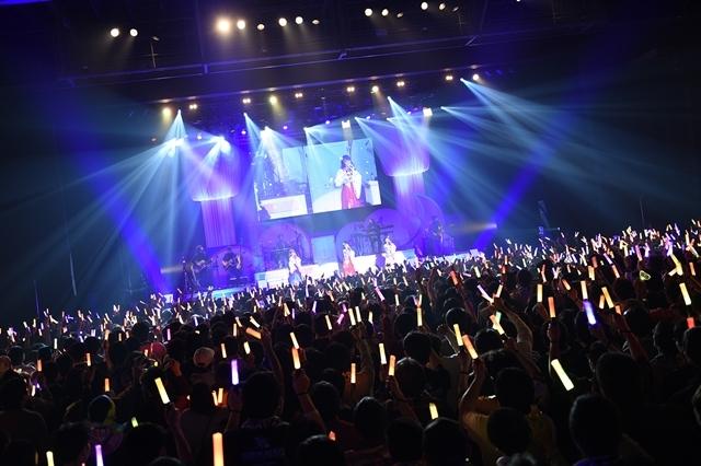 日高里菜さん、津田美波さん、山口愛さんがパジャマ姿を披露!「ひなビタ♪ライブ2018」レポート-2
