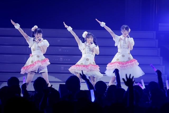 『i☆Ris』が17thシングル『Endless Notes』の発売記念リリースイベントを開催!お台場ヴィーナスフォート教会前広場に1000人のファンが集結!-3