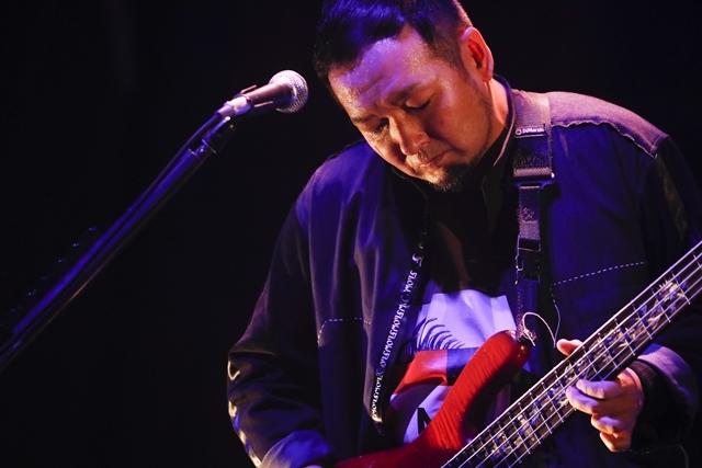 "「FLOWはみんなでライブを作り続けてるバンドです!」 ライブ神曲一挙披露 盟友・GRANRODEOも駆け付けた日本武道館""神祭り""公演-6"