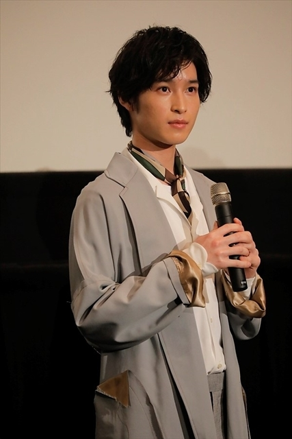 劇場版『王室教師ハイネ』初日舞台挨拶を実施! 植田圭輔さんが涙した、橋本祥平さんからの愛溢れるサプライズレターも公開-7