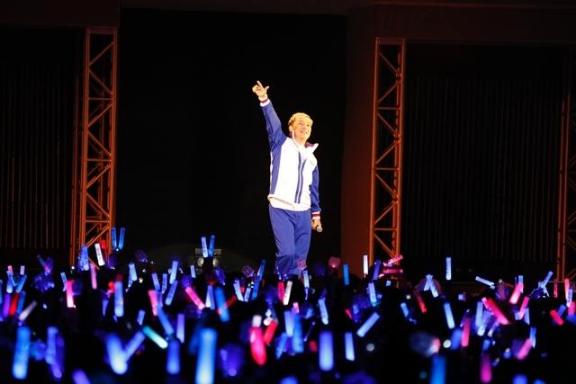 俺たちの美技に酔いな! 青学と氷帝、テニプリ愛に包まれた「テニプリ BEST FESTA!! 青学 vs 氷帝」2日目の夜の部レポート!