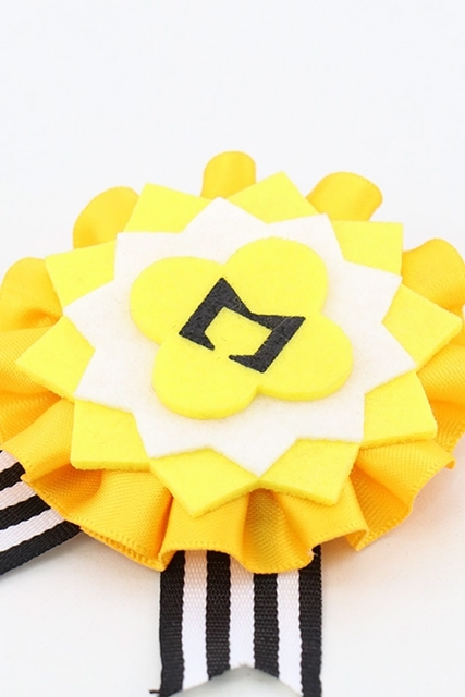 『A3!』バースデーロゼット(夏組)がACOS(アコス)より発売決定!バースデースカウトの【満開Birthday】で、皇天馬、瑠璃川幸、向坂椋、斑鳩三角、三好一成が身につけていたあのロゼットのレプリカが登場