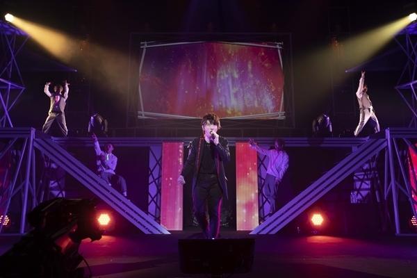 """声優アーティスト""""羽多野渉""""の未来と進化で魅せた『Wataru Hatano Live Tour 2019 -Futuristic-』夜の部をレポート♩-5"""