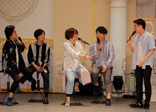 『夢王国と眠れる100人の王子様』声優15名登壇のイベントは、即興曲アリ・告白アリ! 鈴村健一さんは「王子が100人出るまでアニメを続けないと」とコメント-5