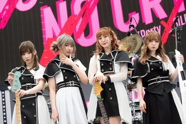 『BanG Dream!』Poppin'Party×SILENT SIREN 対バンライブ「NO GIRL NO CRY」<DAY1>をレポート!『バンドリ!』の可能性が広がっていくーー-8