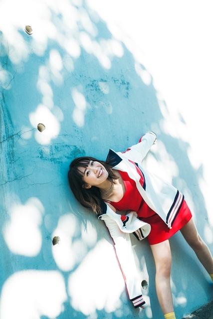 『ラブライブ!サンシャイン!!』Aqoursの声優・斉藤朱夏さんがSACRA MUSICよりソロデビュー! 8月14日にミニアルバム「くつひも」をリリース!