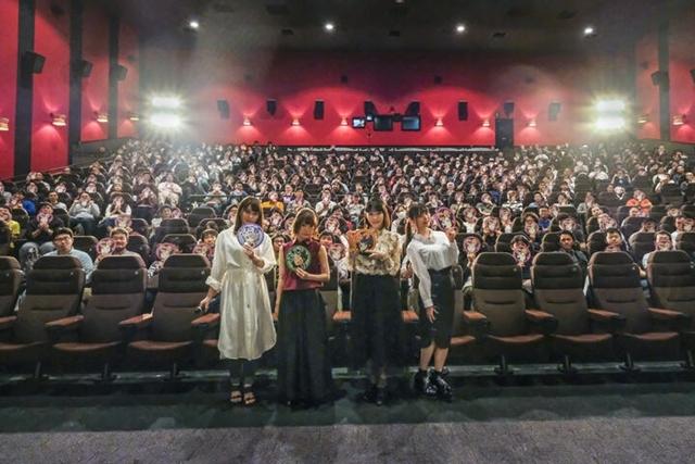 『なんでここに先生が!?』声優の上坂すみれさん・後藤邑子さんら登壇で、TVでは放送できない限界突破な完全版映像の上映イベント実施!-1