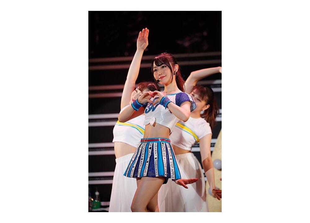 小倉唯の最新ライブBD&DVDより「Love Me × Love Me」の映像公開!