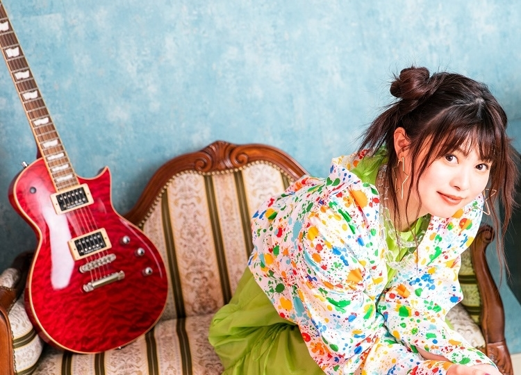 鈴木このみの4thアルバムより「シアワセスパイス」のMVフルサイズが公開