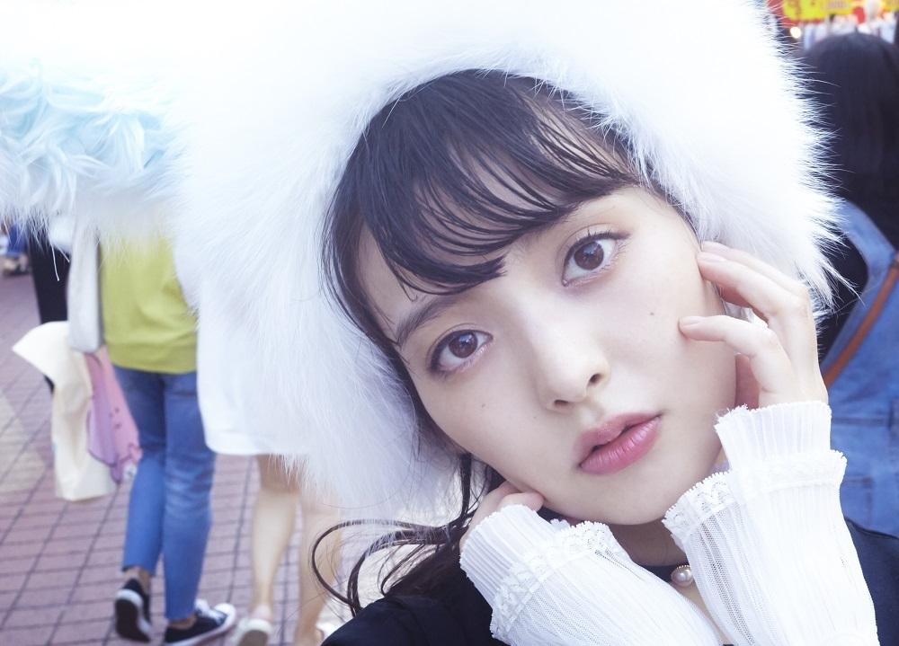上坂すみれ初の完全撮り下ろし写真集が12月19日発売決定!
