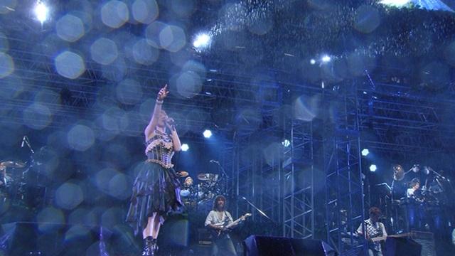 アニメ『魔法少女リリカルなのは』15周年を記念して、声優アーティスト・水樹奈々さんのシリーズ歴代挿入歌のライブ映像6曲と「Pray」MVのFull ver.が公開!-3