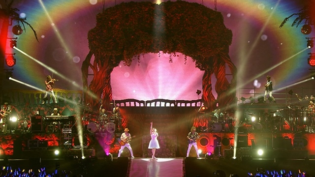 アニメ『魔法少女リリカルなのは』15周年を記念して、声優アーティスト・水樹奈々さんのシリーズ歴代挿入歌のライブ映像6曲と「Pray」MVのFull ver.が公開!