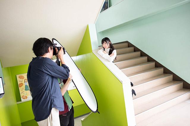 11月3日開催の「LIVE of Re:Union」より、小原莉子さんの公式インタビュー到着! 撮影オフショットも解禁-7