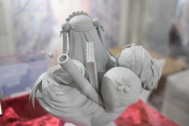 イラストレーター・しらたま先生初個展「たまこてん」をレポート! 看板キャラクターから商業作品までふんわり、やわらかな美少女イラストが集結!