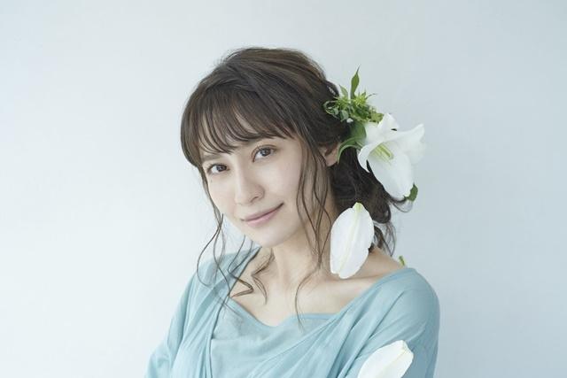 中島愛さんニューシングル「水槽/髪飾りの天使」参加アーティストコメント到着&発売記念LINE LIVE特番が決定
