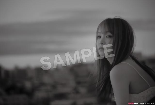 人気シンガーLiSAさんのニューシングル「unlasting」のCW曲「ハウル」のMV公開! CD商品見本&AbemaTV特番用特典ポストカード情報も公開!