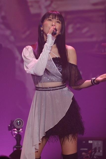 声優・茅原実里さんデビュー15周年記念ライブ「15th Anniversary Minori Chihara Birthday Live ~Everybody Jump!!~」の写真が到着!最新CDジャケット初公開など、新情報が続々解禁!-5