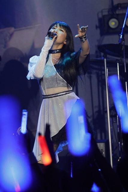 声優・茅原実里さんデビュー15周年記念ライブ「15th Anniversary Minori Chihara Birthday Live ~Everybody Jump!!~」の写真が到着!最新CDジャケット初公開など、新情報が続々解禁!-6
