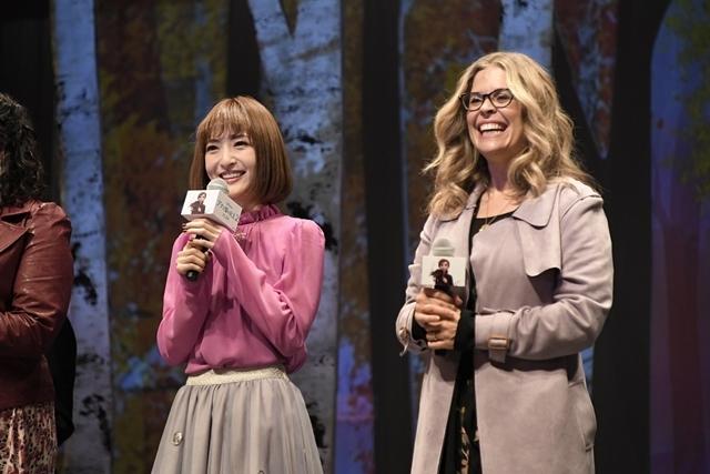 『アナと雪の女王2』日本のアナ役・神田沙也加さん、監督との再会に感涙! 世界で唯一のアナ雪2メドレー披露に大感激-4
