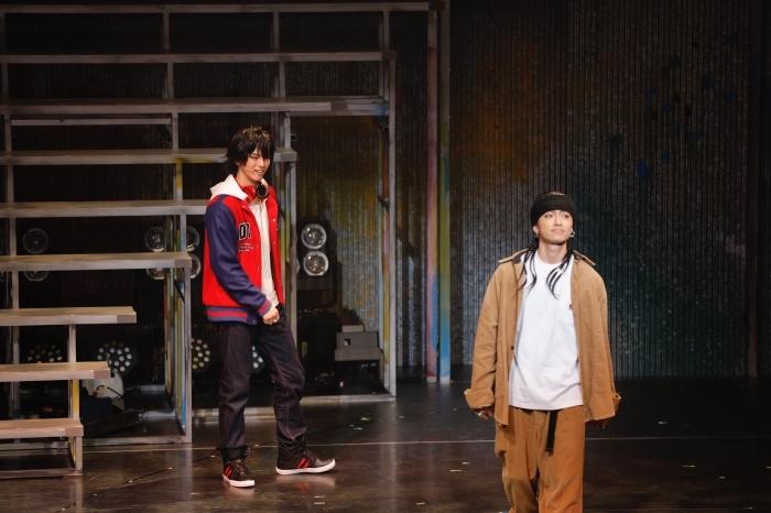 舞台『ヒプノシスマイク-Division Rap Battle-』Rule the Stage -track.1-公演レポート! ド派手にぶち上がる! 圧巻のラップバトル