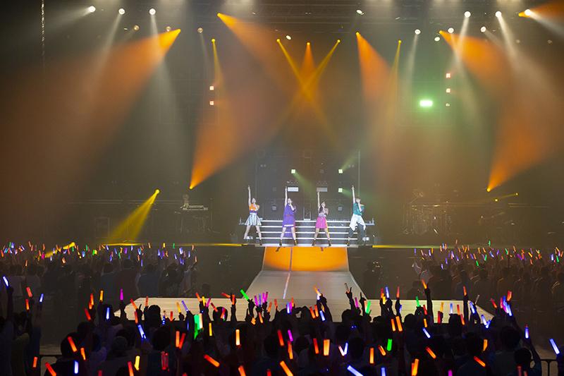 """「スフィア」10周年記念全国ツアー""""A10tion!""""ファイナル公演レポート ファンへの感謝と決意「みんなのことが私たちの何よりの誇り」"""