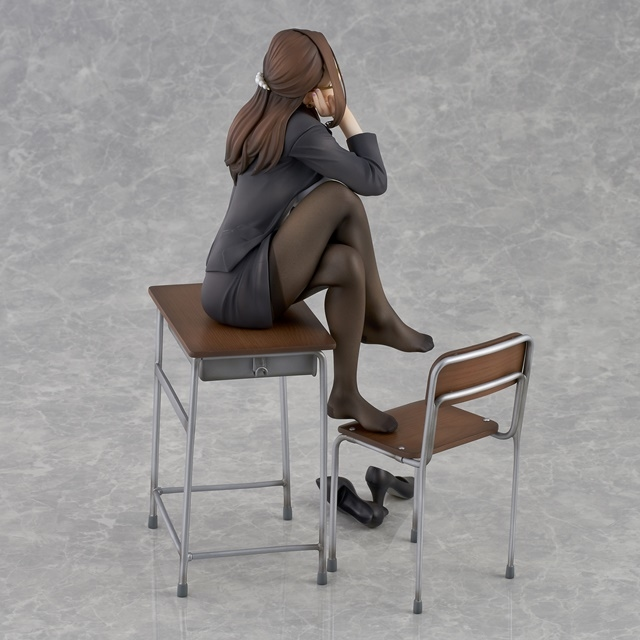 ショートアニメ『みるタイツ』より、「奥墨ユイコ」のフィギュアが登場! 五月病が予想されるアナタを癒やしにきてくれる……!【今なら12%OFF!】-4