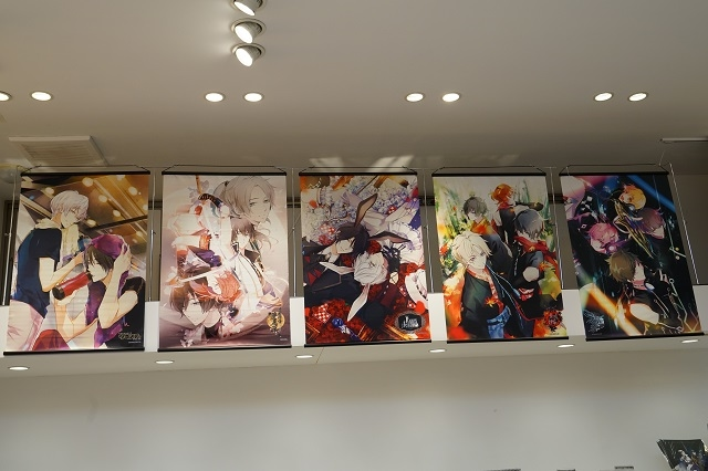 『TSUKIPRO SHOP in HARAJUKU』(2019-2020)は、色&和風がテーマ! 新ユニット「infinit0」も含めた豪華ツキプロタレントたちの新グッズが待つ店内の模様をレポート☆-18