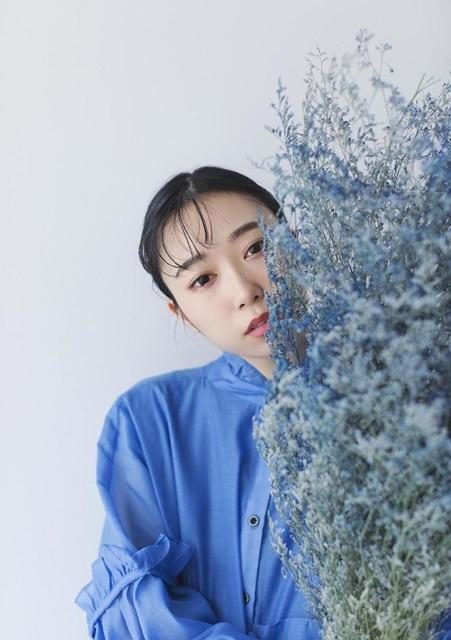 声優・小林愛香さんの「My Girl vol.29」表紙&巻頭特集掲載写真が公開!本誌未掲載カットも多数展示されている写真展が開催中-3