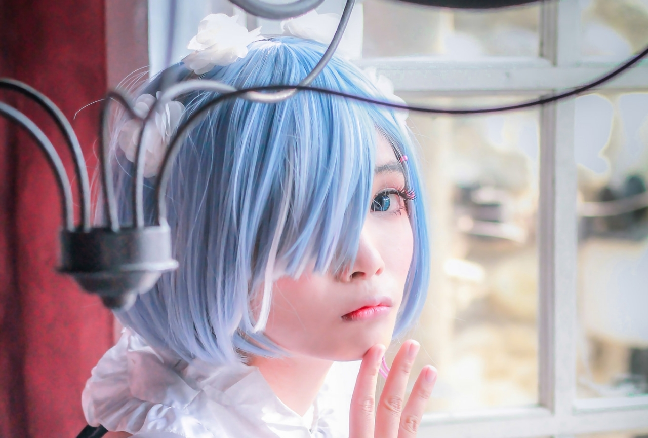 人気アニメ『リゼロ』レムの美女レイヤーコスプレ写真を紹介