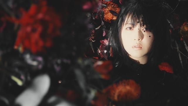 人気シンガー・Aimerさんが手掛ける「春はゆく」(劇場版『Fate/stay night [HF]』第三章主題歌)より、MV(フルサイズ)公開! 今作も女優・浜辺美波さんが出演-3