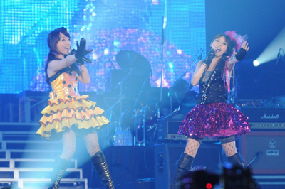 水樹奈々+平野綾 (C)Animelo Summer Live 2009/DWANGO