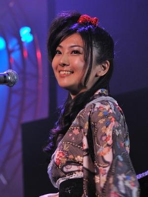「きみはメロディ」では歌い出しのソロパートを担当し成長を感じさせた沼倉さん。「I want」では中村さんと共にドSモードに!?