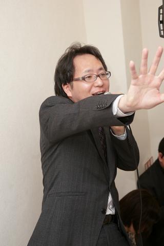 沼倉さんのデッキを用意したブンケイさんの「シャッフルは俺じゃないよ」発言に会場はブーイング!?