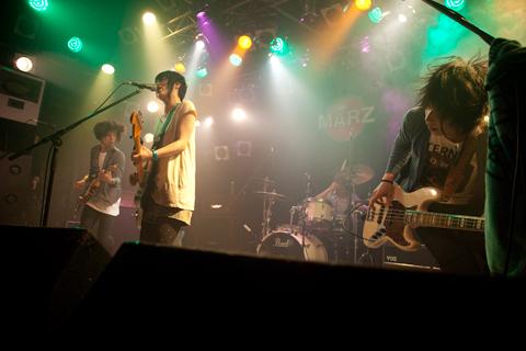 『花咲くいろは』OPリリース記念!nano.RIPEがライブ開催