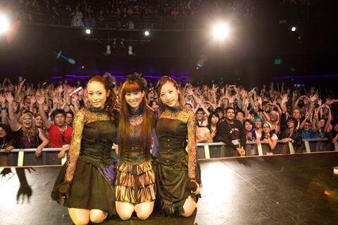 アニメエキスポ2011にKalafina登場で海外ファン大熱狂