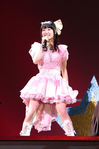 中川かのんstarring東山奈央が1stコンサート開催