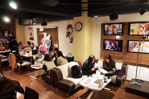 『声優カフェ』×『ビーズログTV 恋愛番長』店内の様子