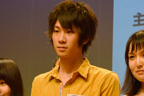 優秀賞を受賞した土田玲央さん(小学館賞、BS11賞、文化放送賞を同時受賞) ※「土」は、「土」の右下(2本の横棒の間)に点がつきます。