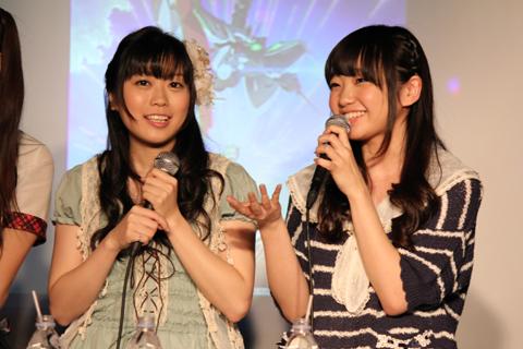 宮本 佳那子さん(左)、大橋 彩香さん(右)。
