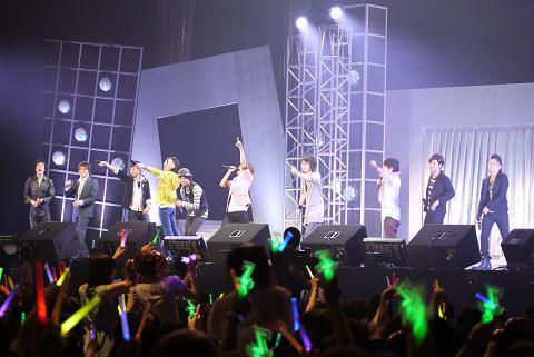 全員で歌う『愛してるZ!!!!!!』に会場は大興奮!!