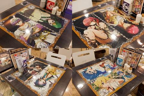 各テーブルには『マギ』のキャラクターが描かれたマット。