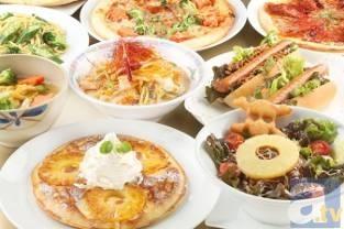 フォッカー柿崎丼(Wフラグを回避せよ!)880 円、バサラーメン(とんこつちゃんぽん辛味ネギのせ)680 円など、バラエティに富んだメニューを展開!