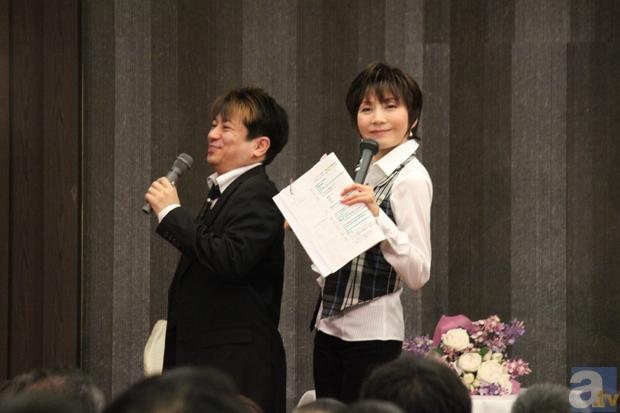 島津さんが小桜さんの背中に入れた「巻き」を、陶山さん相手に実演。小桜さんはすぐに島津さんの意図を理解したが、陶山さんは「普通に気持ちいいだけですよ」と、通じなかった模様……。