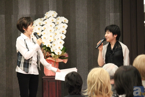 島津さんによる「淑乃ちゃん面白話」は、喋れば喋るほど出てくる感じ。