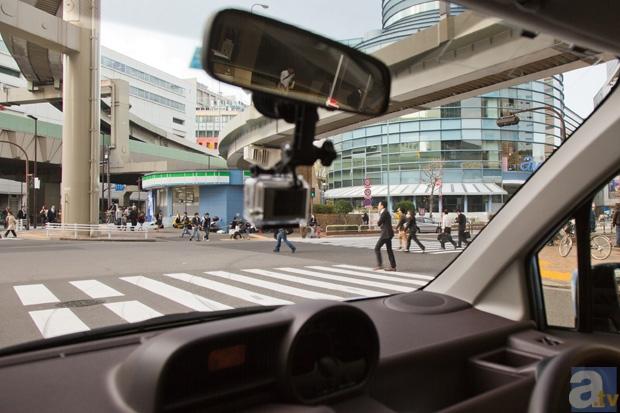 東京池袋、サンシャイン60のすぐ近くにあるアムラックス東京を出発。目的地・秋葉原をカーナビにセット!<br />(道路状況にもよりますが、60分でギリギリ往復できる)